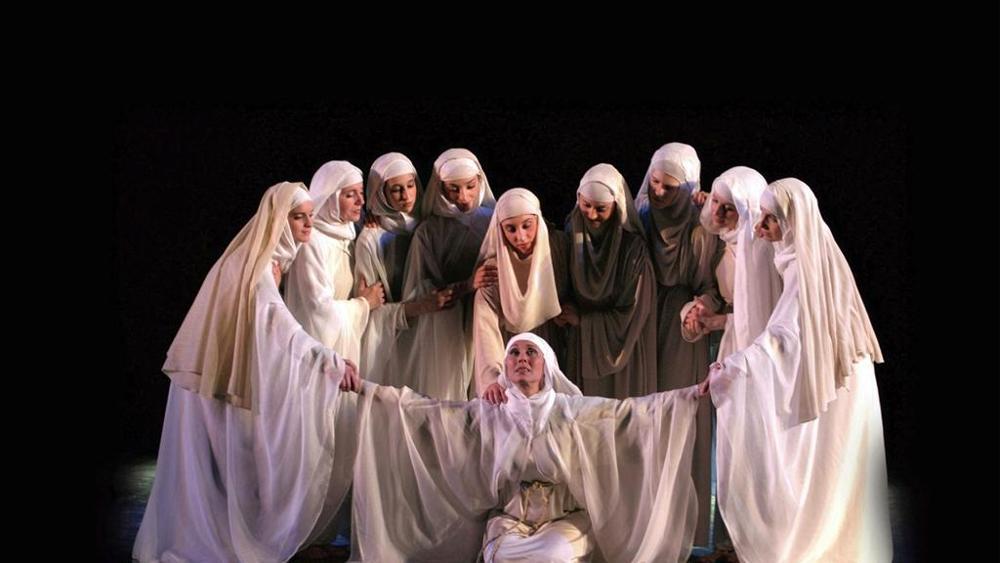"""Foto tratta dal Musical """"Chiara di Dio"""". Fonte La Stampa"""